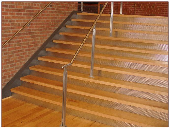 Stair_Risers_Stainlessfabinc_3